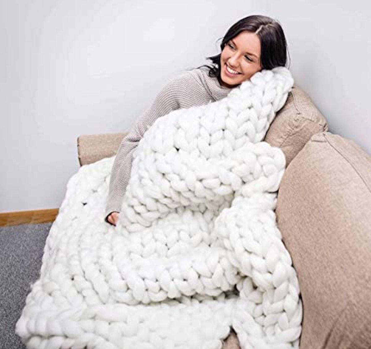 CLAVIS Chunky Blanket