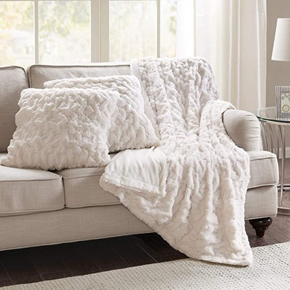 Comfort Spaces Ruched Faux Fur Plush (3-Piece)