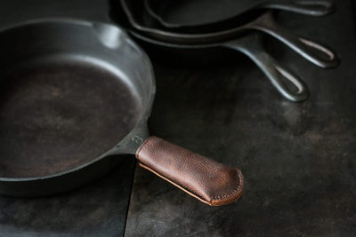 Hardmill Leather Cast Iron Skillet Pan Handle Cover
