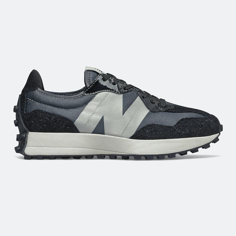 327 Sneaker