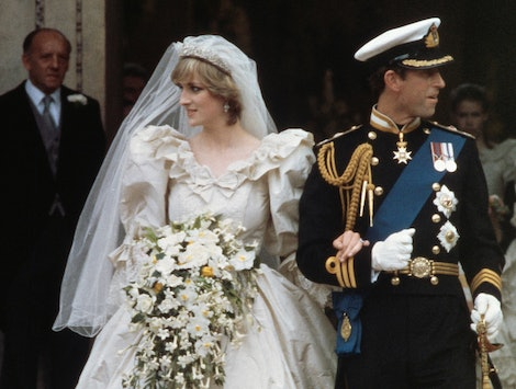 Princess Diana and Prince Charles' wedding day body language was so disconnected.