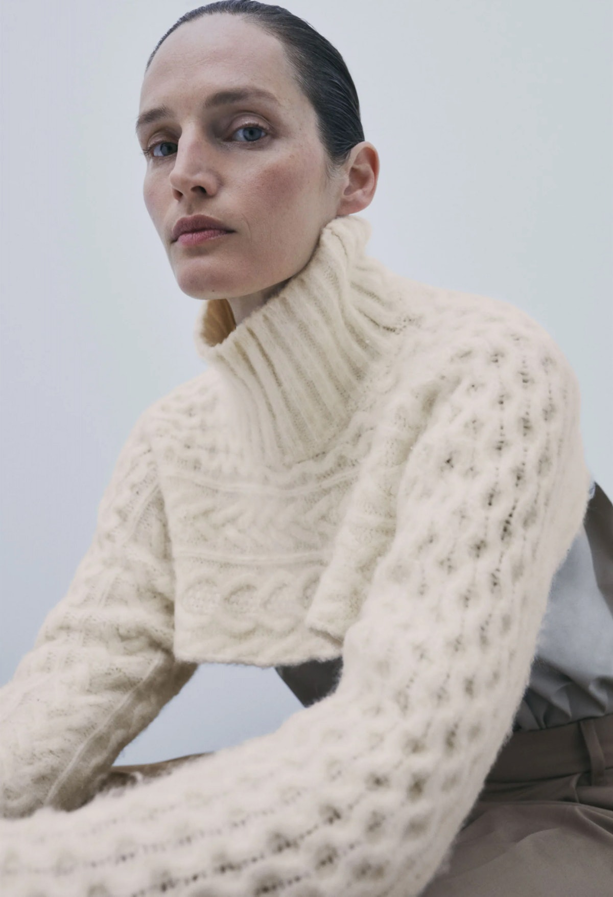 Cable Knit Sleeve Scarf