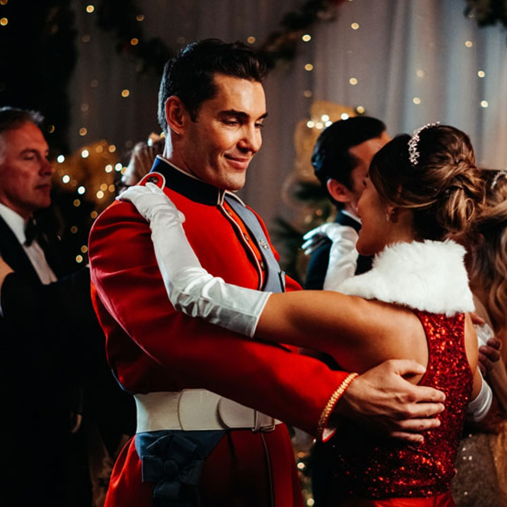 Kaitlyn Leeb and Nick Hounslow in 'Christmas With a Prince.'