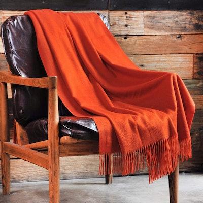 CUDDLE DREAMS Premium Cashmere Throw Blanket