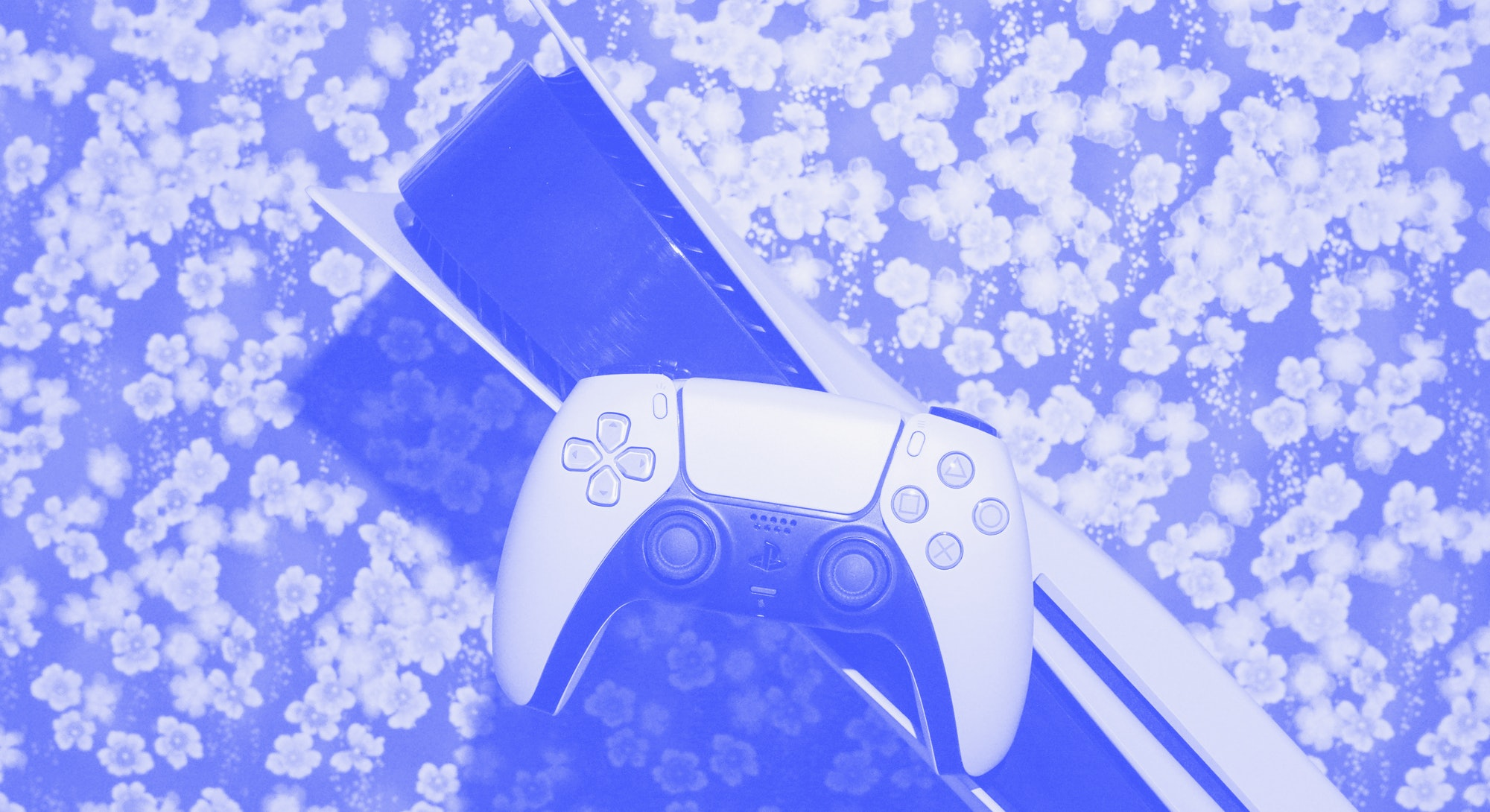 PS5 review: console and DualSense controller