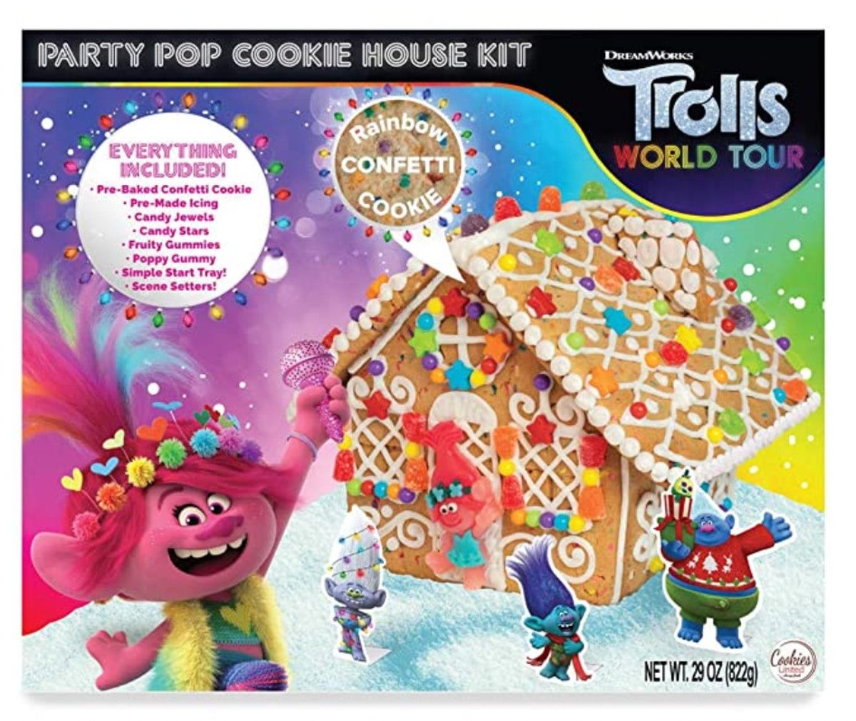 World Tour Trolls Holiday House Gingerbread Cookie Kit