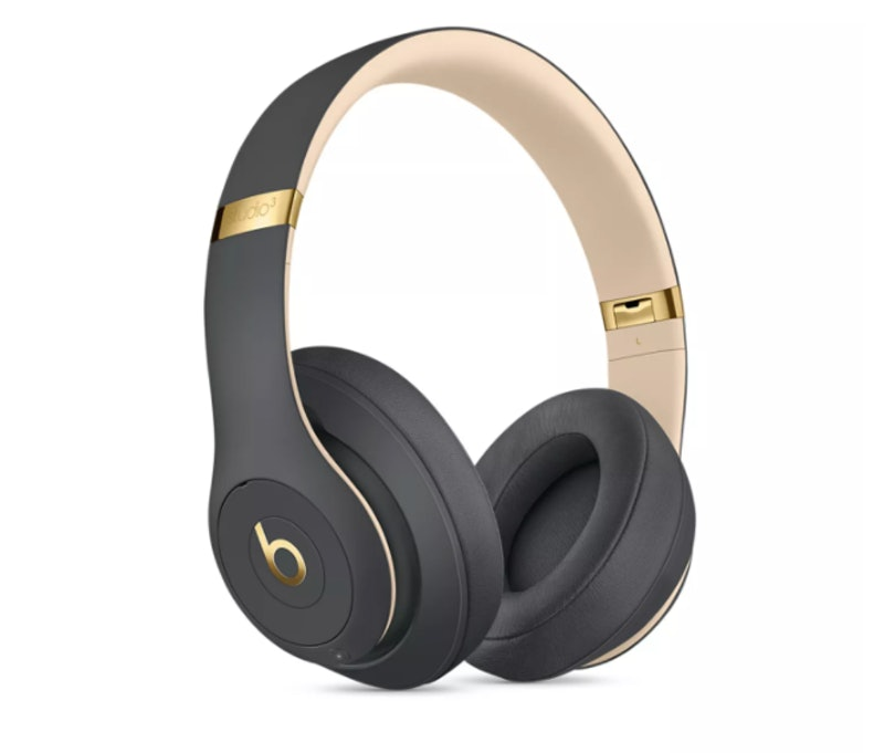 Beats headphones are on Black Friday sale.