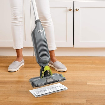 Shark VACMOP Pro Cordless Vacuum Mop With Disposable Pad