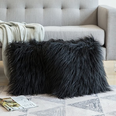 MIULEE Faux Fur Throw Pillow Cases (2 Pack)