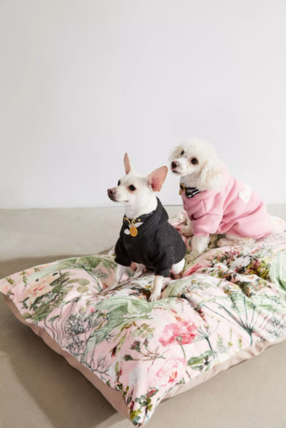Botanic Pet Bed