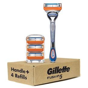 Gillette Fusion5 Razor and 4 Blade Refills