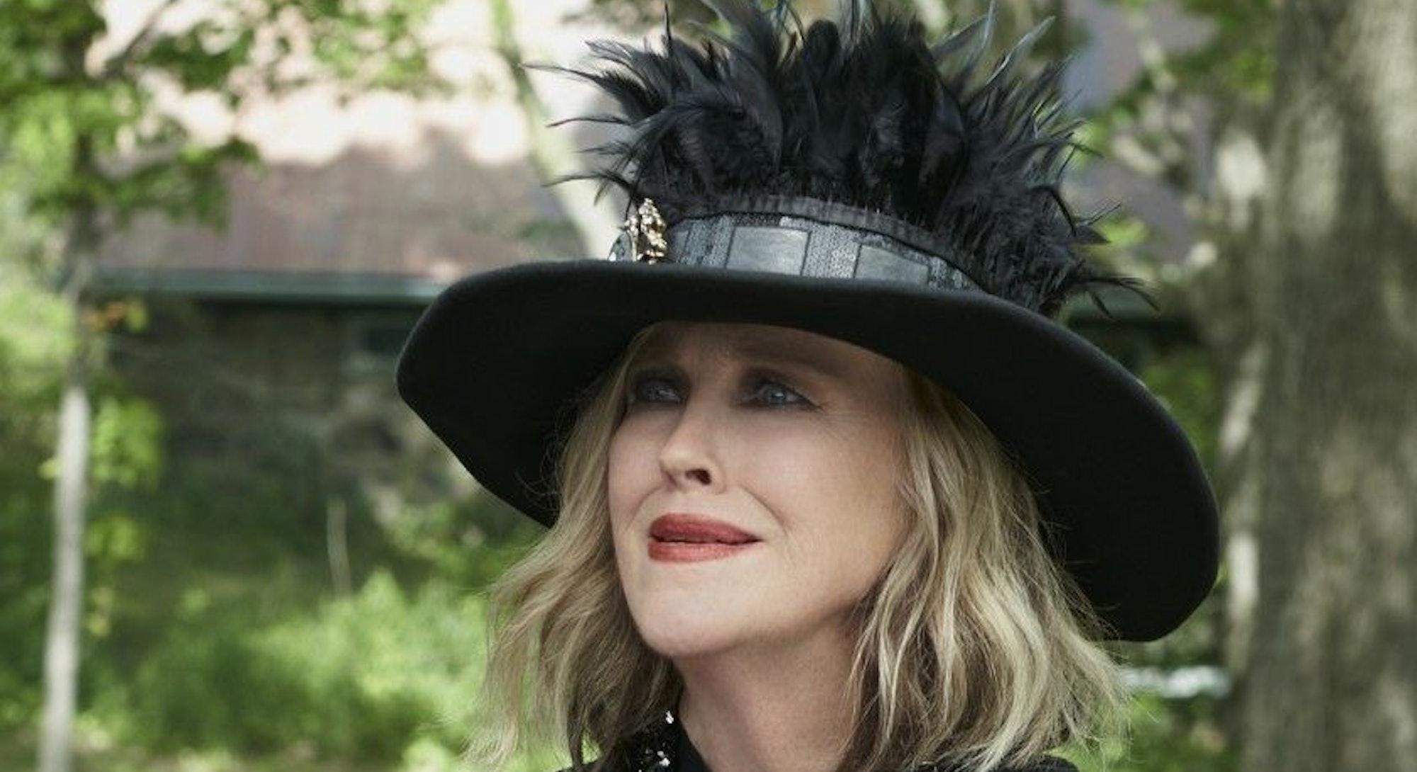 moira rose schitt's creek hat