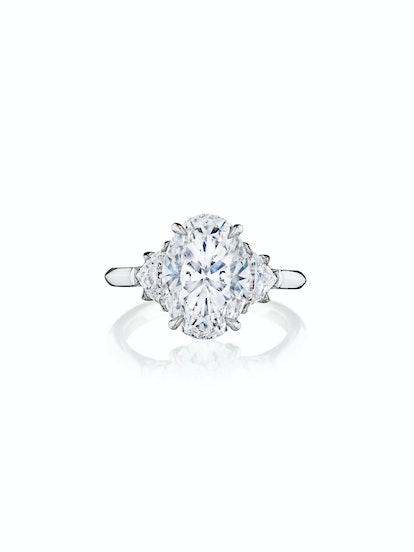 Oval Shaped Diamond with Epaulette Side Stones