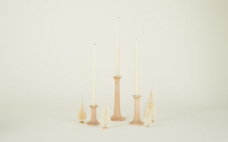 SIMPLE CANDLE HOLDER