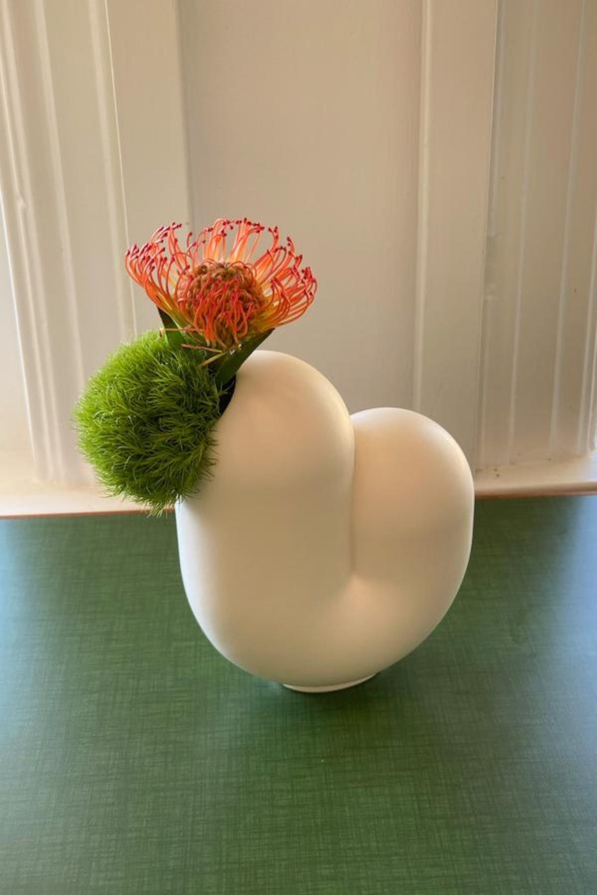 Kirby Vase Jay