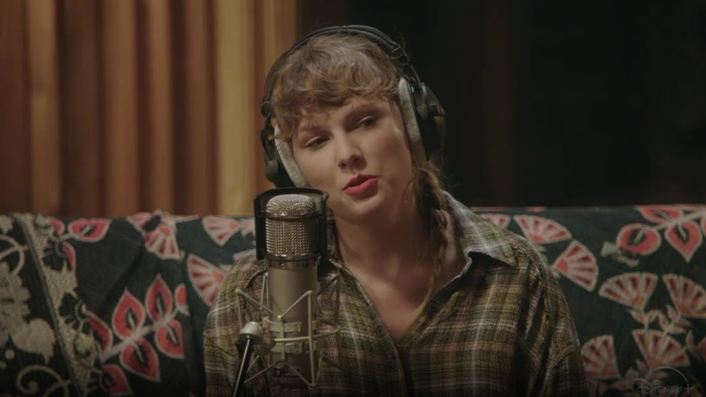 Taylor Swift appears in 'Folklore: The Long Pond Studio Sessions.'