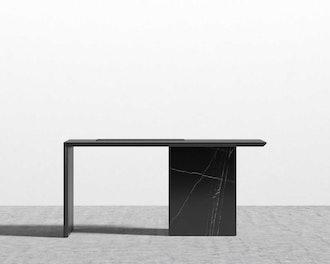 Gia Desk
