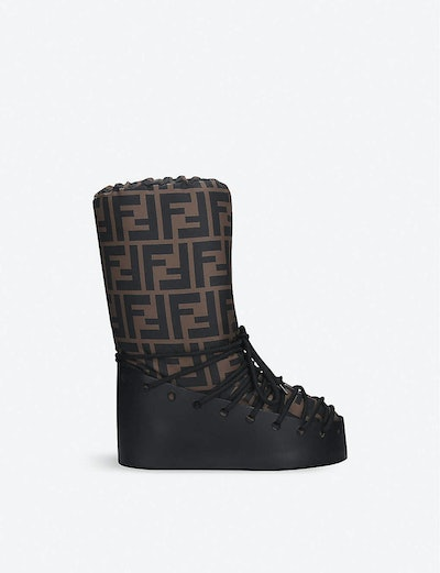 LEATHER LACE-UP SNOW BOOTS