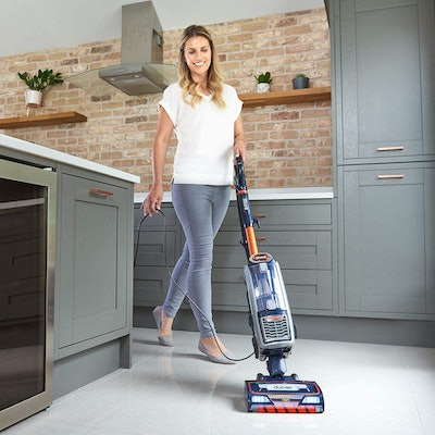 Shark Upright Vacuum Cleaner with Anti Hair Wrap Technology