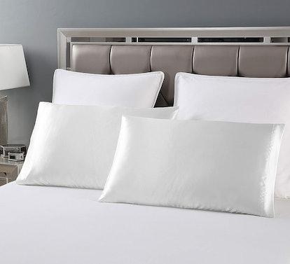 Love's cabin Silky Satin Pillowcase (2-Pack)