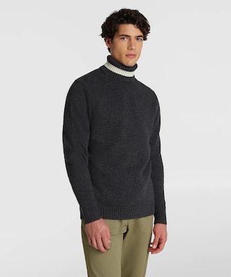 Wool color block turtleneck