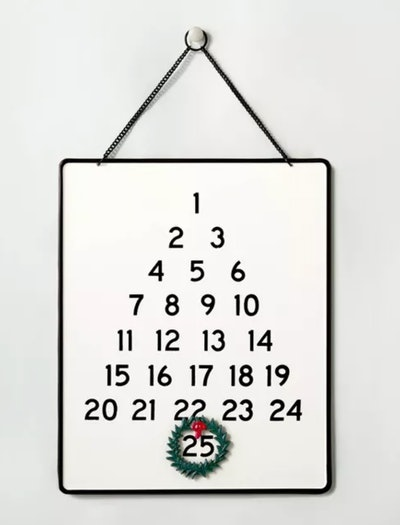 Holiday Advent Calendar With Wreath