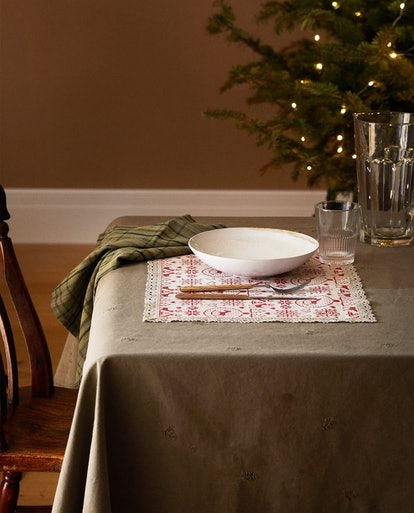 Cottagecore is one of the biggest holiday 2020 decor trends
