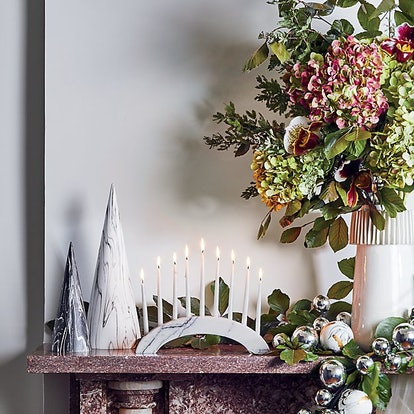 Black and white decor is one of 2020's biggest holiday trends