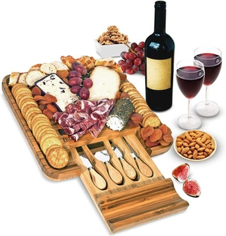 Frux Home and Yard Bamboo Cheese Board and Knife Set