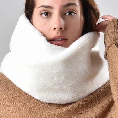 FURTALK Faux-Fur Neck Warmer Scarf