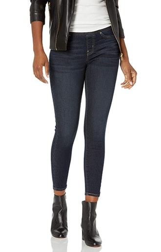 Signature by Levi Strauss & Co. Gold Label Totally Shaping Skinny Jeans