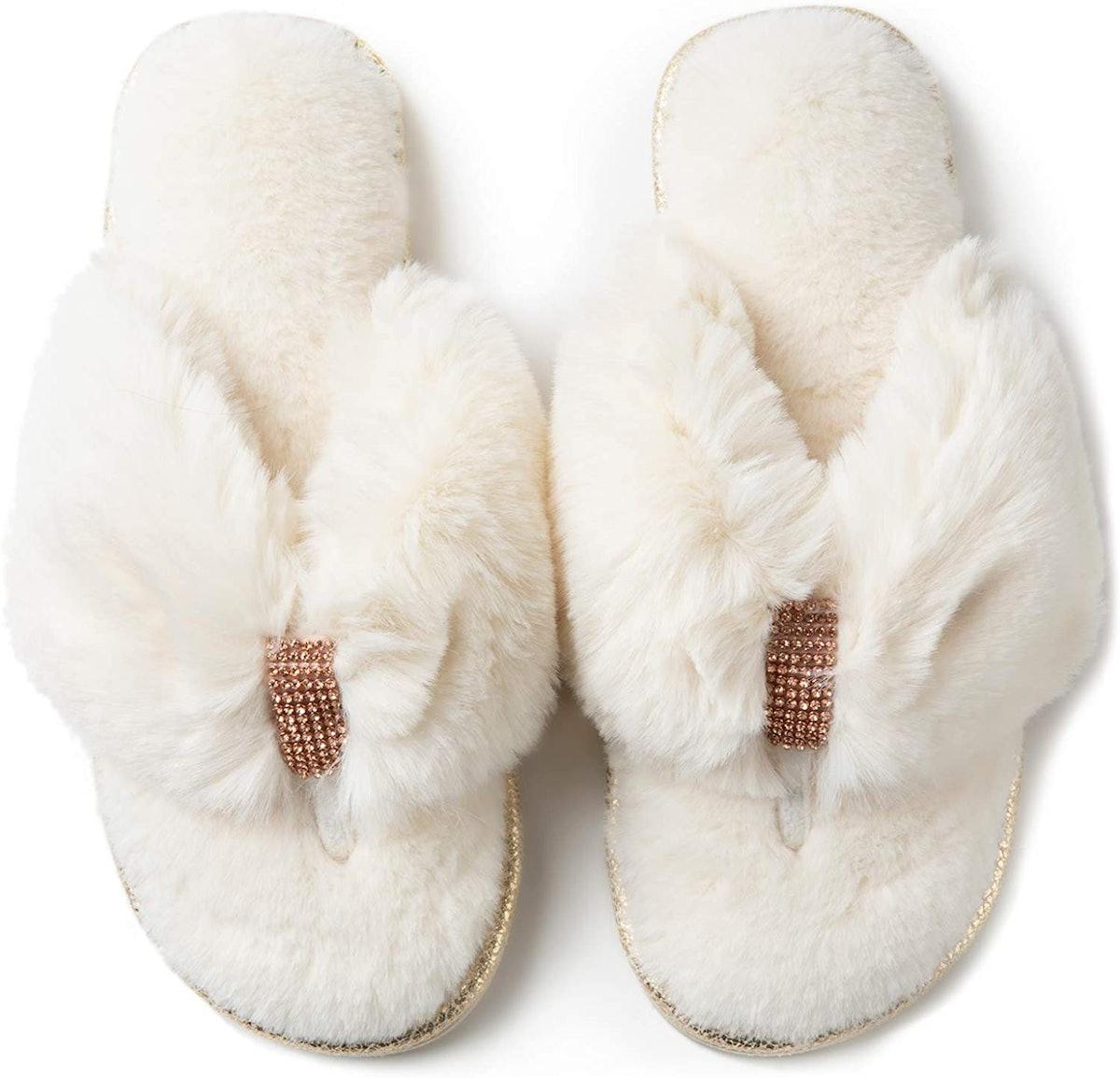 RockDove Faux-Fur Memory Foam Slippers