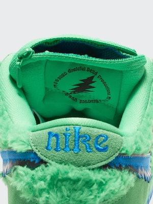Nike SB x Grateful Dead.