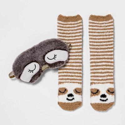 Women's Sloth Eyemask & Cozy Socks Set - Brown 4-10