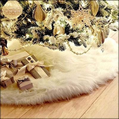 WAQIA Faux Fur Christmas Tree Skirt