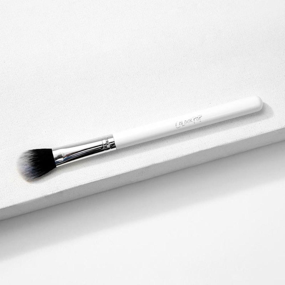 Small Fluff Makeup Brush