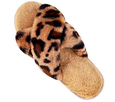 LongBay Fuzzy Leopard Print Slipper