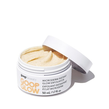 Naomi Watts' beauty routine features this GOOPGLOW Microderm Instant Glow Exfoliator.