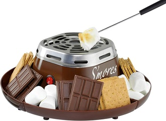 Nostalgia Indoor Stainless Steel S'mores Maker