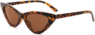 SOJOS Retro Narrow Cat Eye Sunglasses