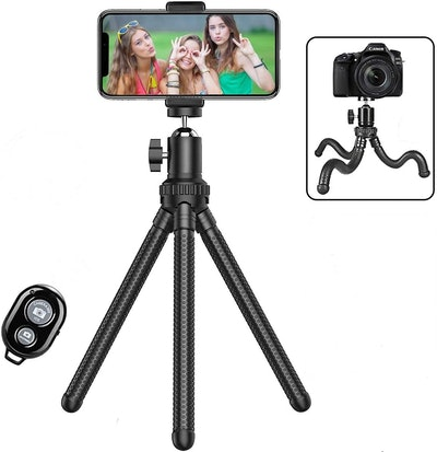 Shengsite Portable and Extendable Camera Tripod Stand with Wireless Remote
