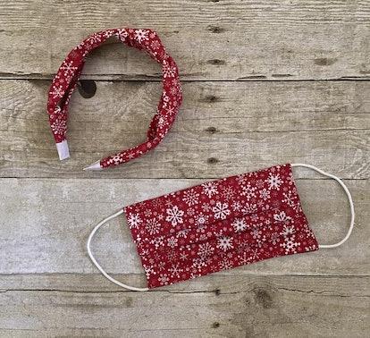 Red Snowflake Set