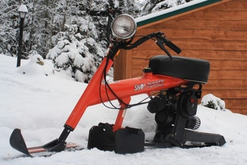 In the 1970s, Chrysler made a gas-powered snow bike called the Sno-Runner.