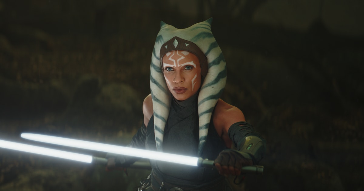 Image of article 'Mandalorian' Season 3 release date and 10 new Star Wars shows revealed'