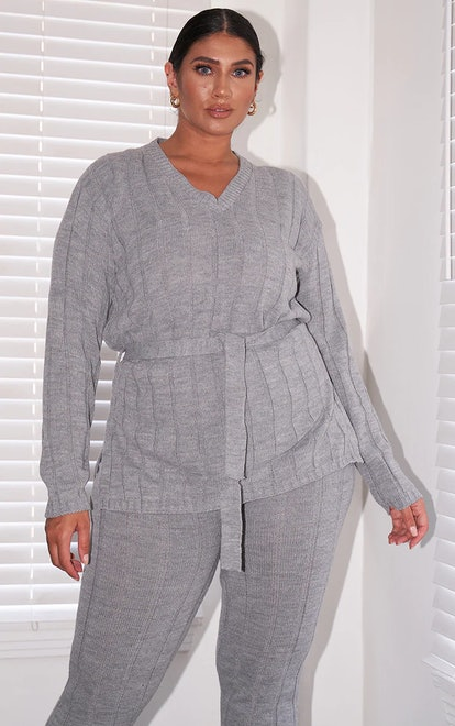 PrettyLittleThing Plus Grey Belted Longline Sweater And Leggings Lounge Set