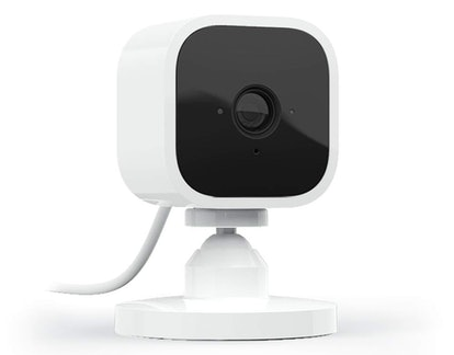 Blink Mini Compact Indoor Smart Security Camera