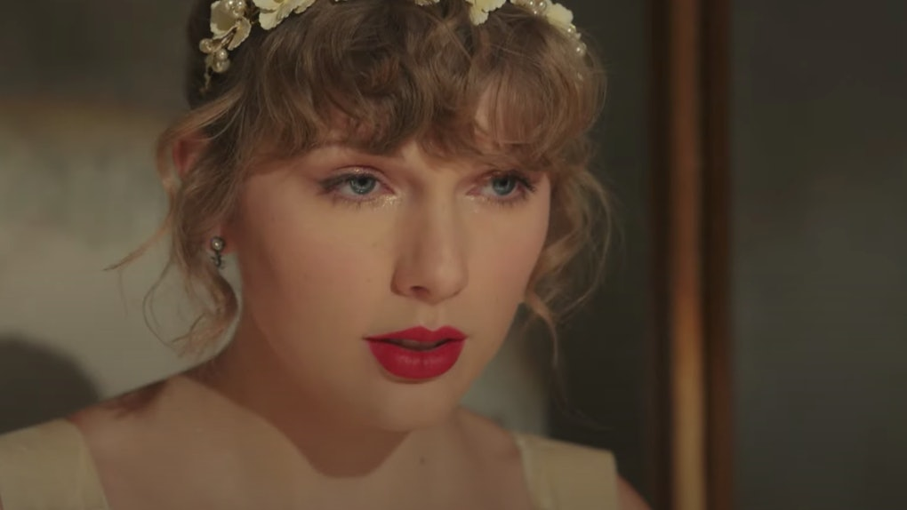 Taylor Swift in the Willow music video.
