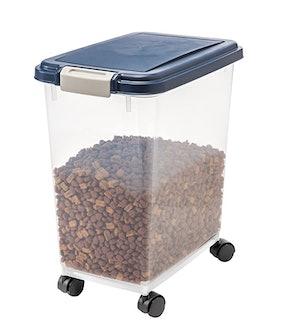 IRIS 33-Quart Airtight Food Storage Container