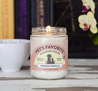 Pet's Favorite Odor-Eliminating Candle