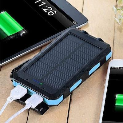 Dualpow Solar Charger